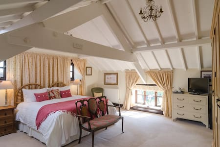 SummerHouse B&B - Chestnut & spa - Chelwood