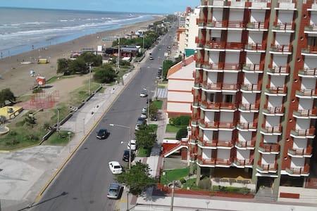 DEPARTAMENTO EN SAN BERNARDO. EXCELENTE UBICACION - San Bernardo - Apartamento
