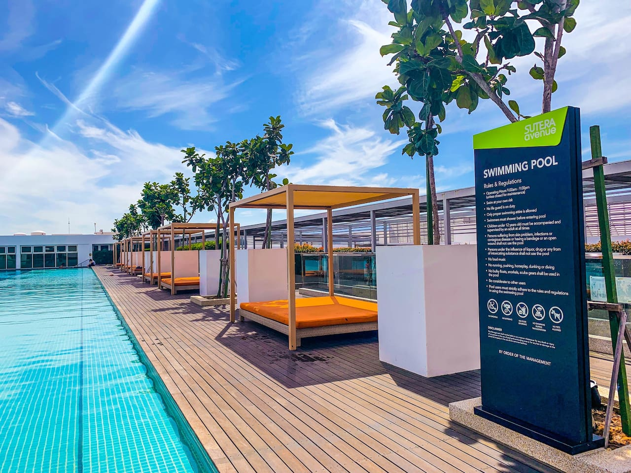 Rooftop infinity swimming pool with city view awaits you!