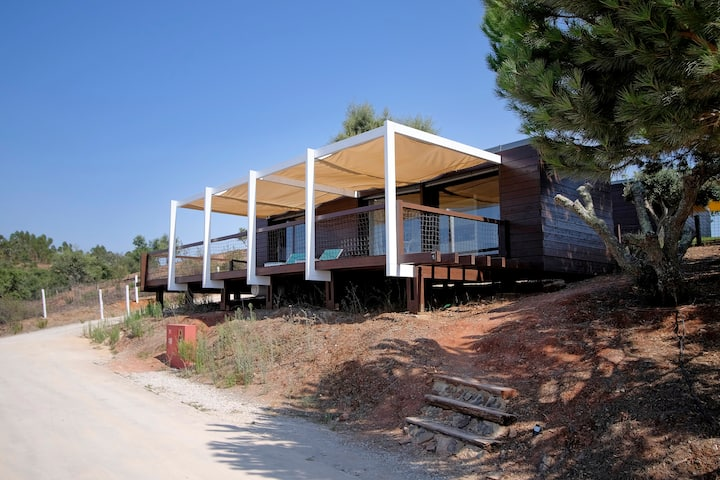 "Eco Suite ""Porto Covo"" suspended with sea view"