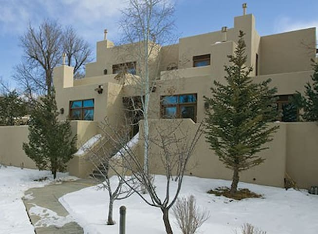condo in taos, new mexico