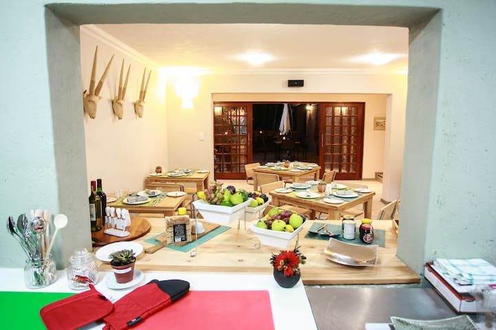 Woodlands Guest House - Hazyview - Bed & Breakfast