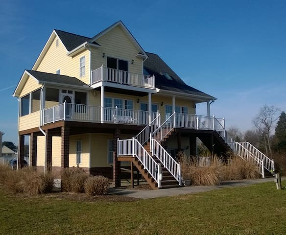 Waterfront Wonder on Rappahannock w pool & hot tub - Water View
