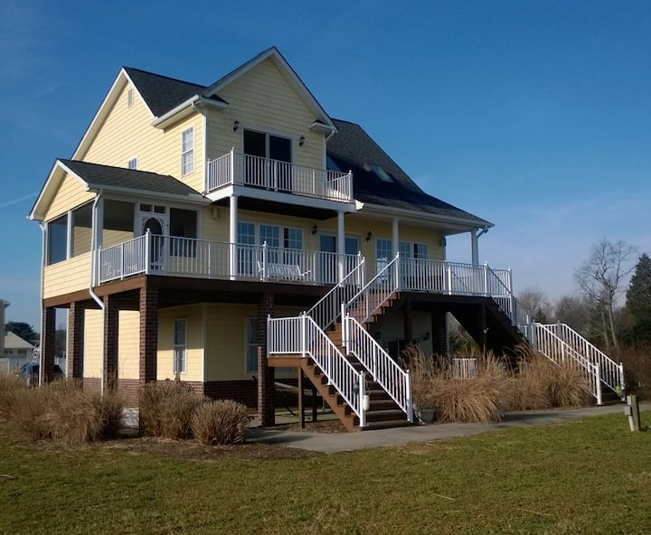Waterfront Wonder on Rappahannock w Private Pool