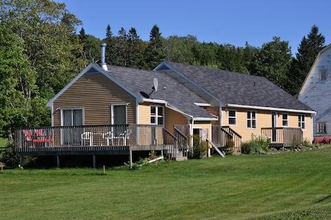 Hillsvale Farm Vacation