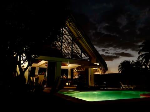 Moderna y acogedora casa en Costa Azul