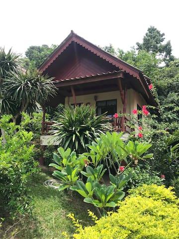Tanouy Garden Bungalow