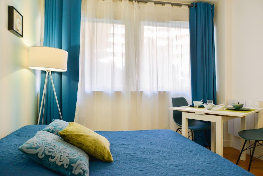 Vrai lit 2 places/True double bed