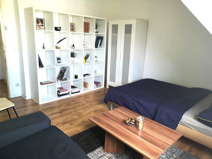 Cozy private room! Quiet location! Near Essen HBf!
