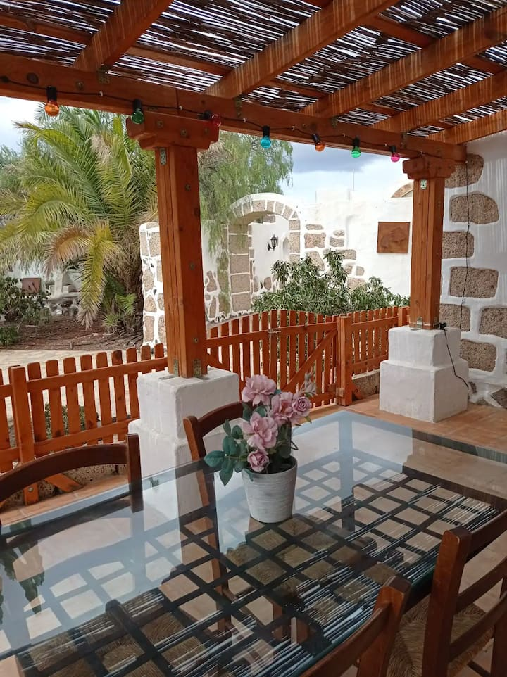 Holiday Home Es Cerro de la Luna - Carlota with Sea View, Mountain View, Wi-Fi, Garden & Terrace; Parking Available