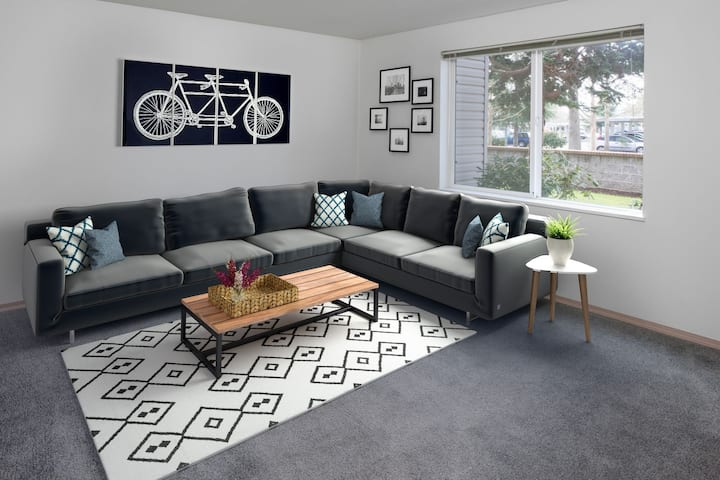 Everything you need | 2BR in Eugene