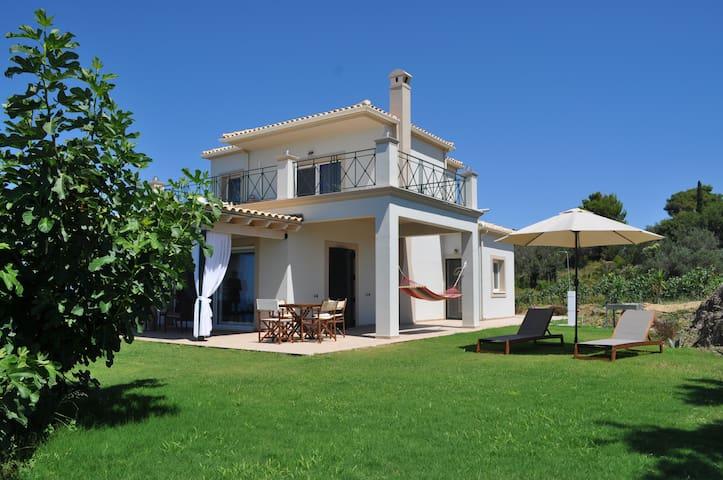 Mountainside lux villa with panoramic sea views !! - Agios Gordios - Villa