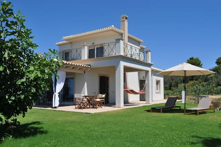 Mountainside lux villa with panoramic sea views !! - Agios Gordios - Villa