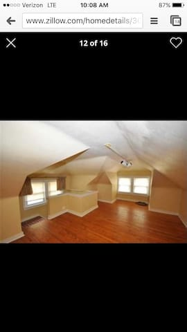 1 bedroom available in Mt. Wash.