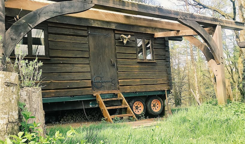 Off Grid Log Wagon