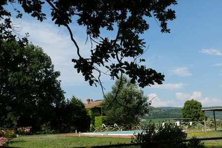 3 bedroom Umbrian villa with pool - Fabro