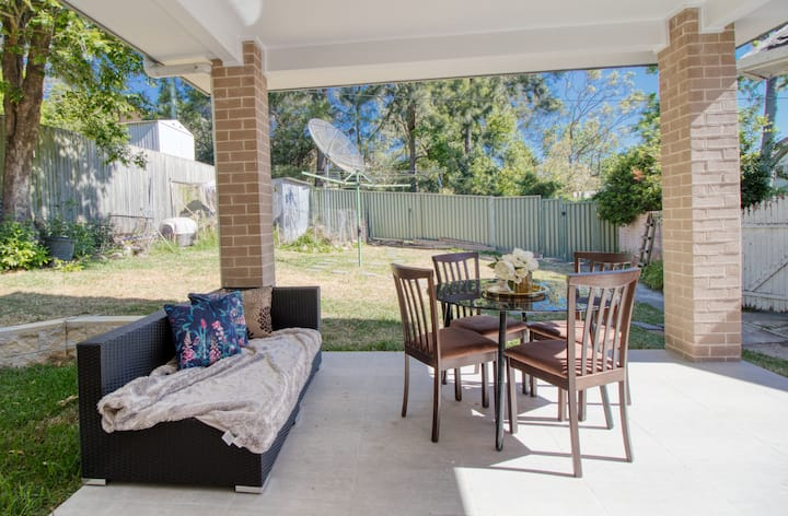 Private 2 br house in Great Location Chatswood