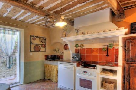 Maison de village typique - Quinson