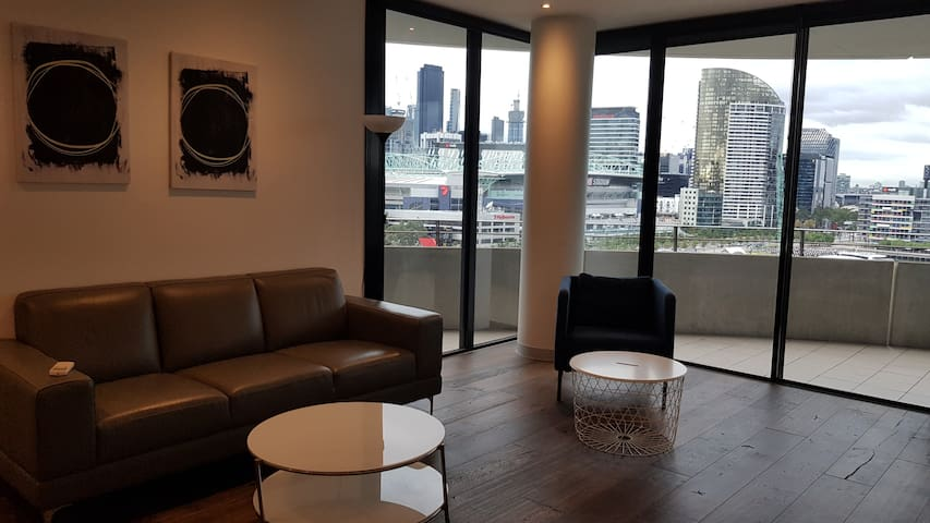 Docklands 1201P 2Bed 1bath water view
