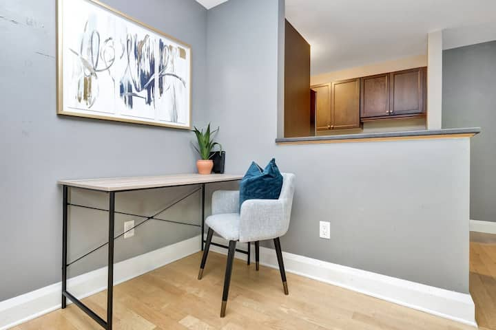 Lovely Downtown Studio - Steps to Elgin/Parliament