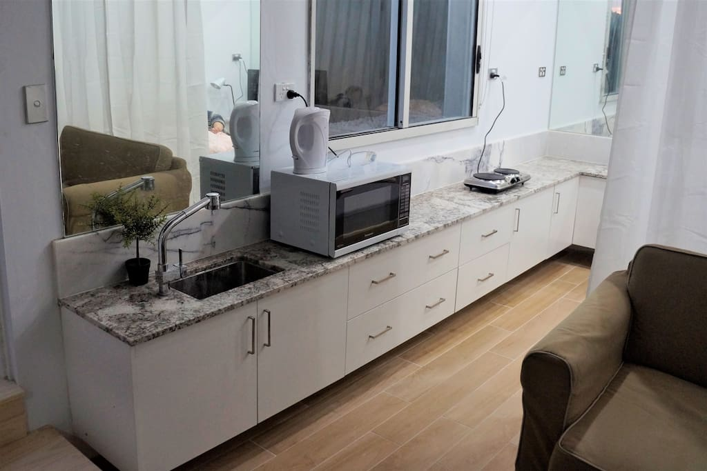 Long Kitchenette Space for Cooking meals