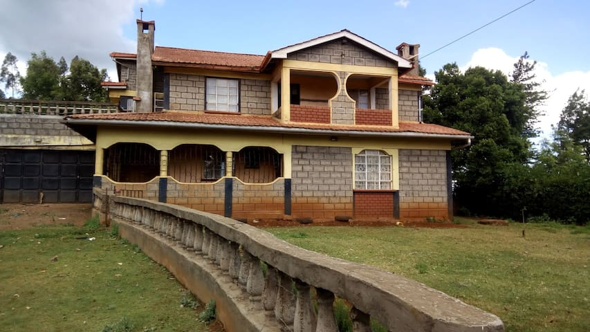 Kihingo Guest House