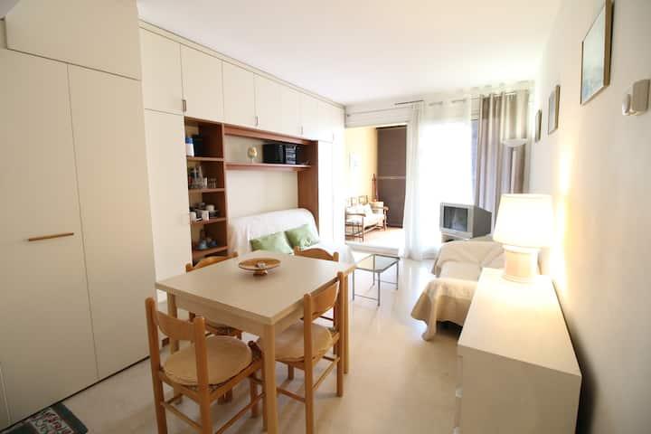 Monaco smart entire flat in Fontvieille