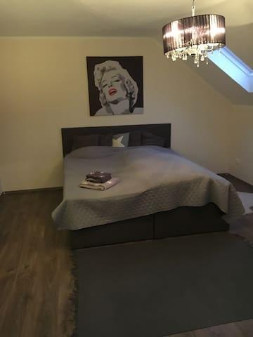 Gemütliches Privates Zimmer - Bremen - Casa