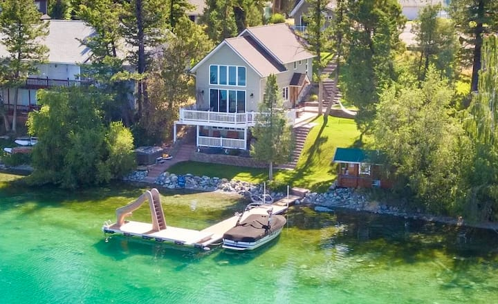 New Listing! Beautiful Lakefront Home