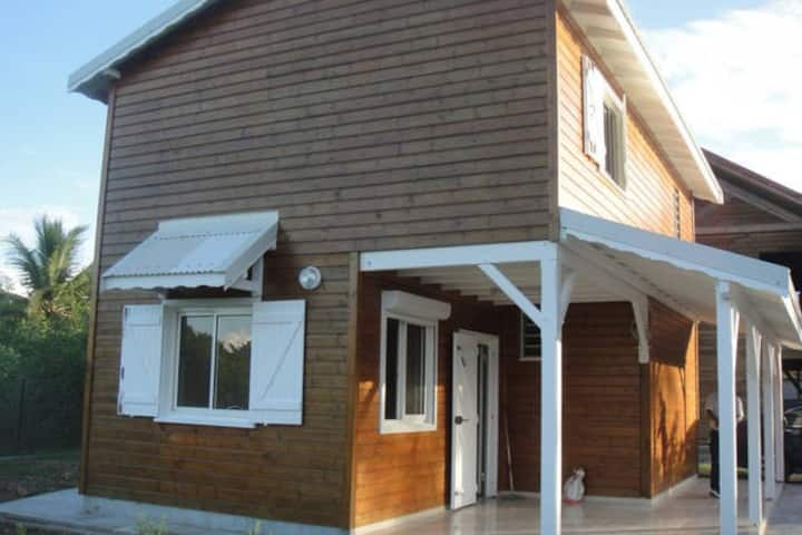 Belle maison neuve à deux pas de la plage