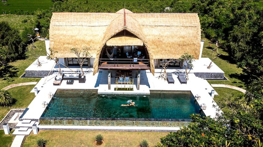 Villa Shanti, hidden Paradise at the sea