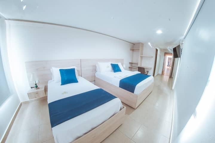 Hotel Verano-Comodidad y Confort-Desayuno incluido