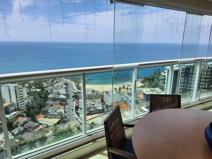 Moderno vista mar no boêmio bairro do Rio Vermelho