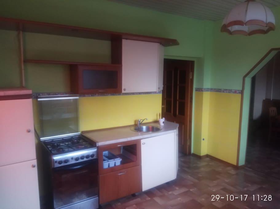 Кухня 40м2