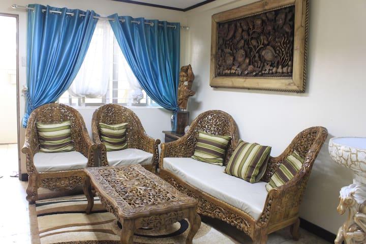 Perfect Room in Araneta Center with Gym&billiards - เกซอนซิตี - บ้าน
