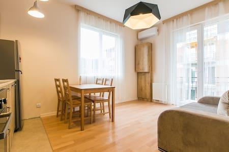 Jikia new and bright Apartment - Tiflis