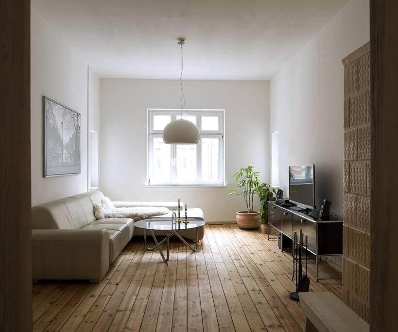 30er jahre altbauwohnung mit balkon und kamin wohnungen zur miete in leipzig sachsen deutschland. Black Bedroom Furniture Sets. Home Design Ideas