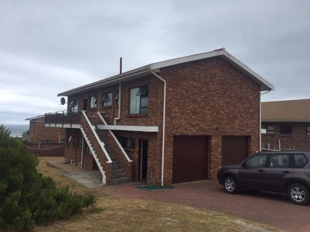 Family Holiday home close to the Beach
