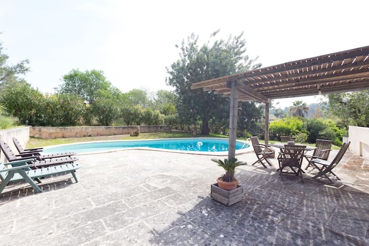Cozy house to relax. Pool & garden  - Esporles - Dom