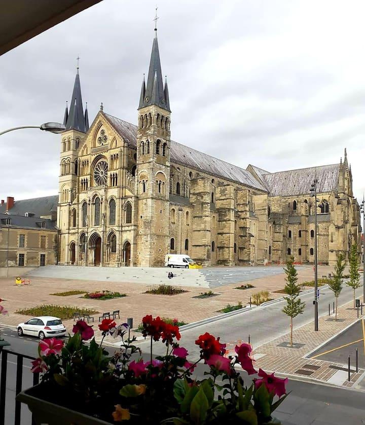 Appartement avec superbe vue basilique saint Remi