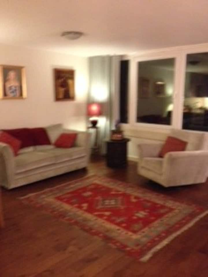 4th floor contemporary apartment