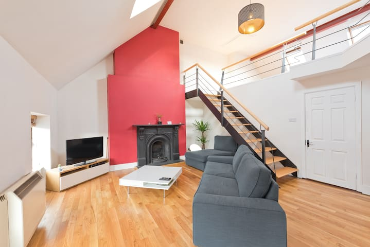 Francis Street Loft - HIPHIPSTAY