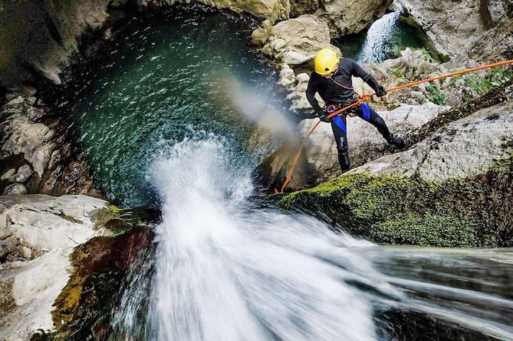 Canyoning nel torrente Eugio