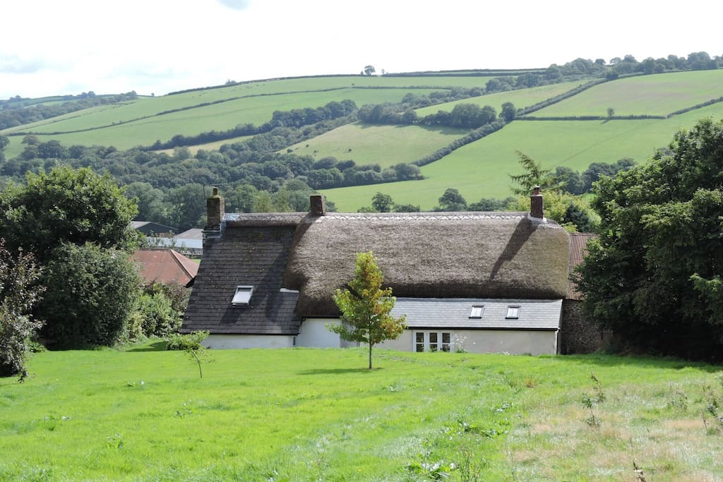 The farmhouse below the Shepherds hut
