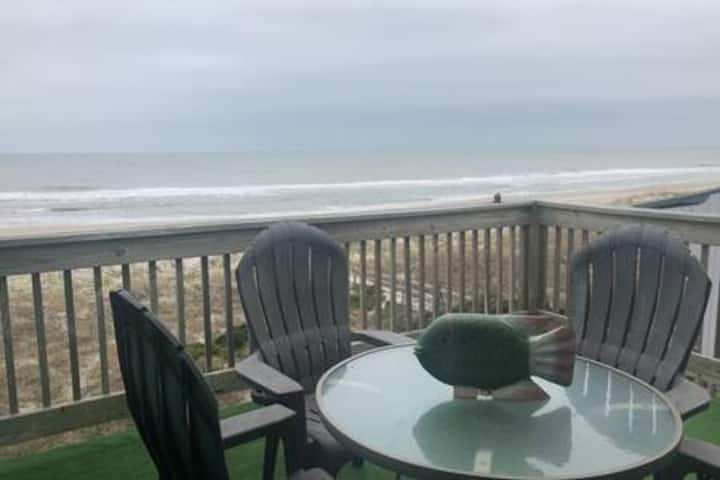 Ocean Front Condo-Stunning Views, Near Boardwalk