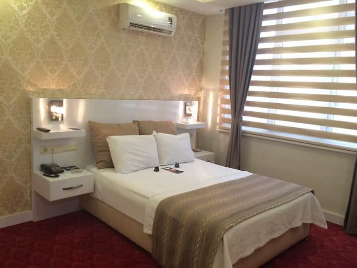 Otel Çavuşoğlu - Deluxe Tek Kişilik Oda