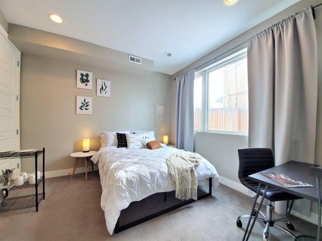 Modern Guest Suite Near Downtown & City Park