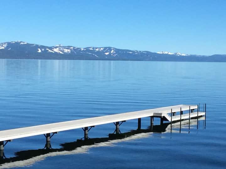 Lakefront Charmer