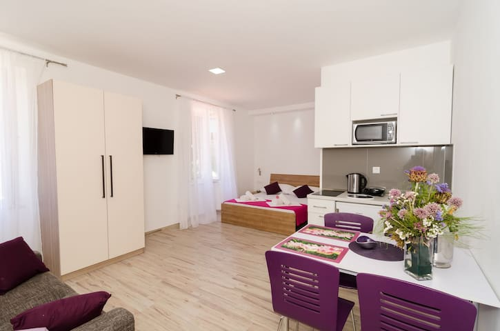 Apartments Gabrieri - Studio with Sea View (4 Adults)  (3)