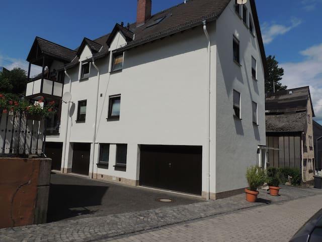 Gemütliche Wohnung in Montabaur am Schloss